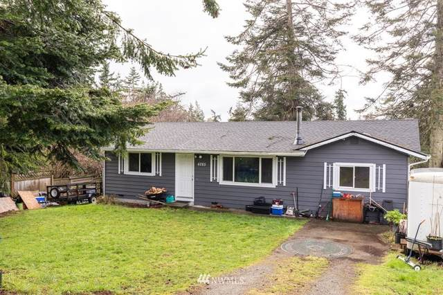 4285 Rhododendron Drive, Oak Harbor, WA 98277 (#1735604) :: Shook Home Group