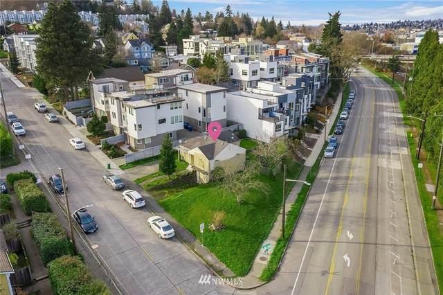 2204 W Emerson Street, Seattle, WA 98199 (#1735700) :: Lucas Pinto Real Estate Group