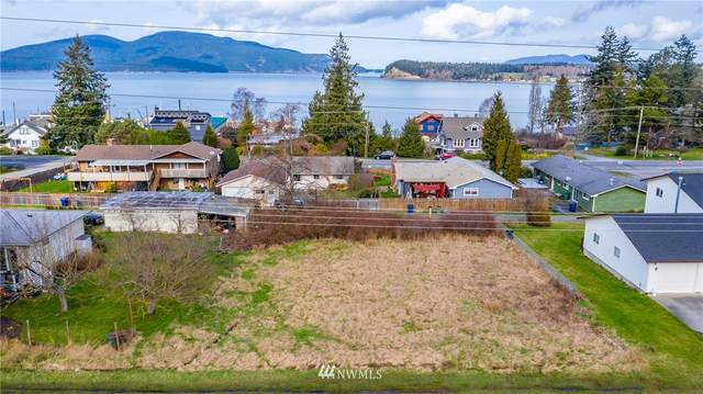 0 2nd Street, Anacortes, WA 98221 (MLS #1735972) :: Brantley Christianson Real Estate