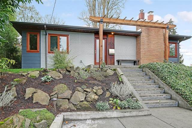 2721 3rd Avenue N, Seattle, WA 98109 (#1736141) :: Hauer Home Team