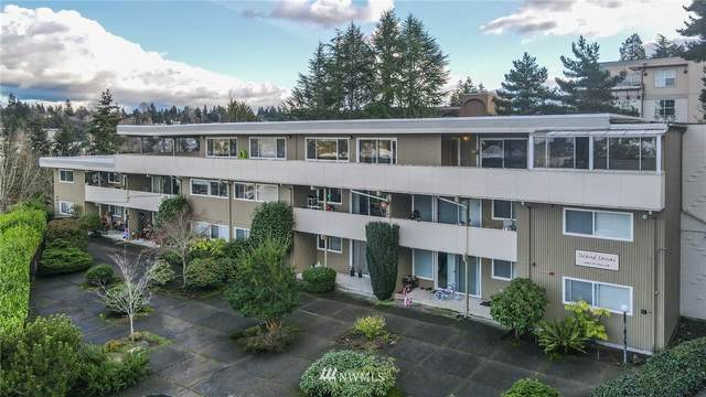 2820 75th Place SE, Mercer Island, WA 98040 (#1736207) :: Costello Team