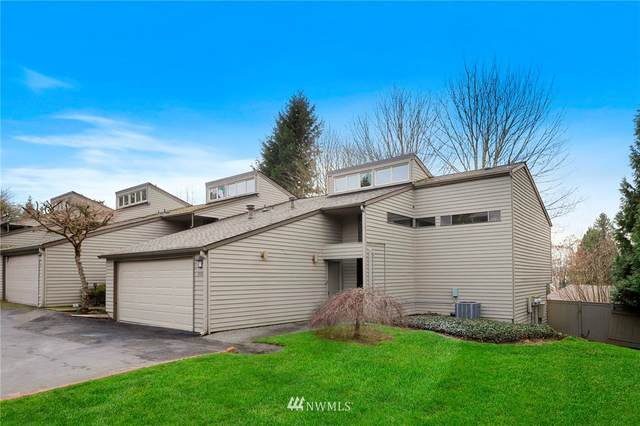 10009 NE 115th Lane D4, Kirkland, WA 98033 (#1736226) :: Costello Team