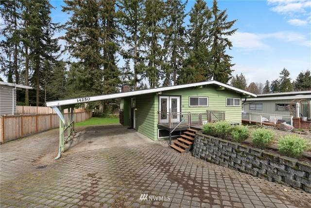 14250 Lake Hills Boulevard, Bellevue, WA 98007 (#1736296) :: NextHome South Sound