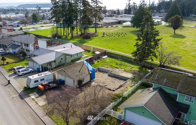 887 SW 3rd Avenue, Oak Harbor, WA 98277 (#1736359) :: Shook Home Group