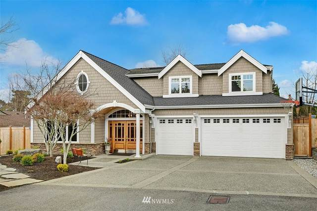 9710 NE 27th Street, Clyde Hill, WA 98004 (#1736400) :: Keller Williams Realty