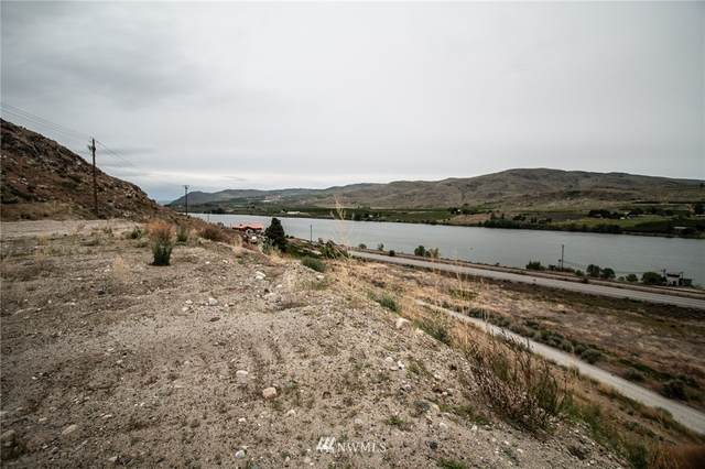 1 Nickell Apple Road, Pateros, WA 98846 (#1736559) :: Canterwood Real Estate Team