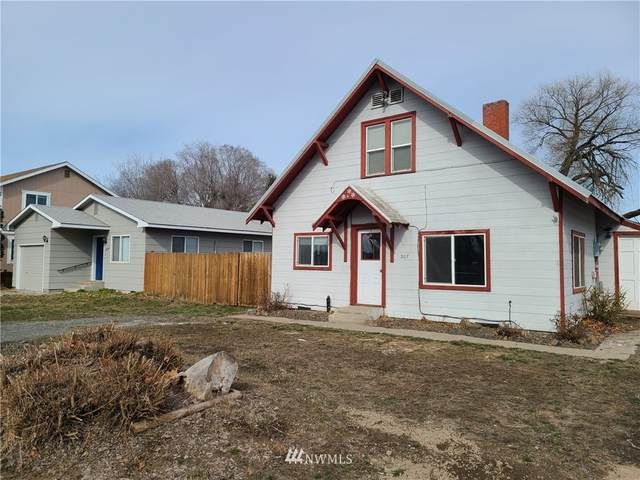 307 W 14th Ave, Ellensburg, WA 98926 (#1736584) :: The Original Penny Team