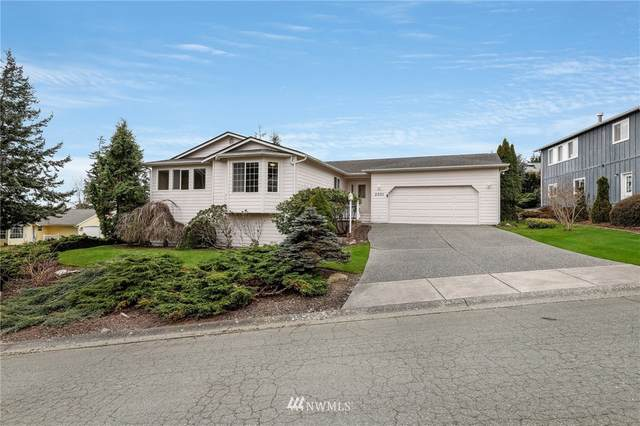 2501 Bryce Court, Anacortes, WA 98221 (MLS #1736604) :: Brantley Christianson Real Estate