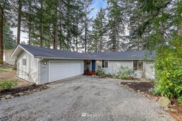 1251 Patmos Lane NW, Bainbridge Island, WA 98110 (#1736777) :: Better Homes and Gardens Real Estate McKenzie Group