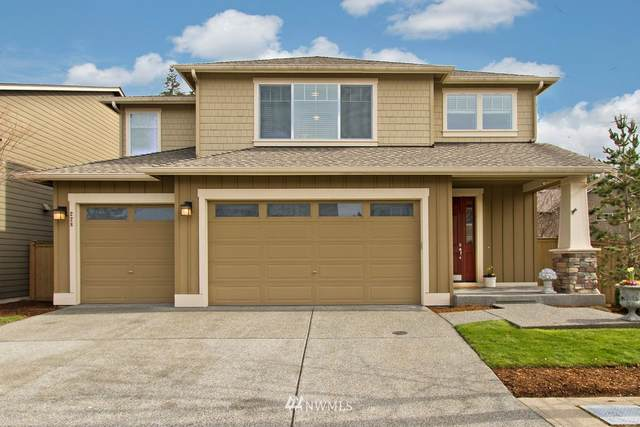 228 Field Avenue NE, Renton, WA 98059 (#1737060) :: Costello Team
