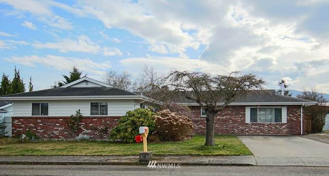 725 E Alder Street, Sequim, WA 98382 (MLS #1737104) :: Brantley Christianson Real Estate