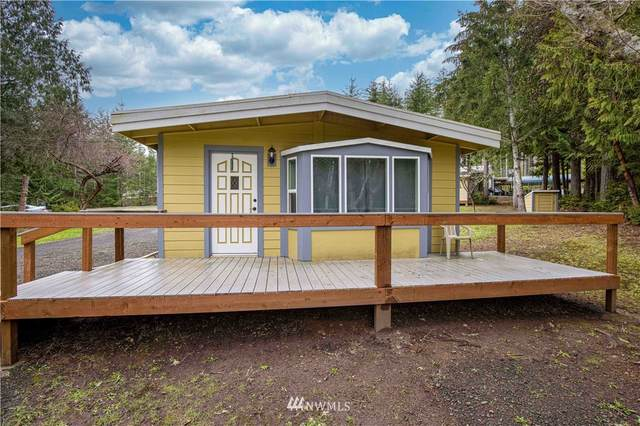 1121 E Phillips Lake Loop Road, Shelton, WA 98584 (#1737173) :: NW Home Experts