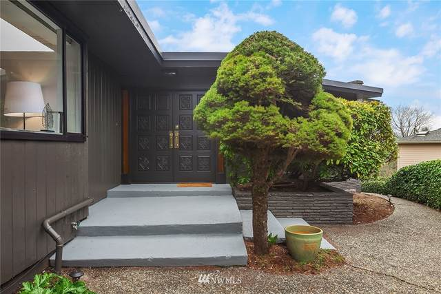 2413 SW 125th Street, Burien, WA 98146 (#1737198) :: Alchemy Real Estate
