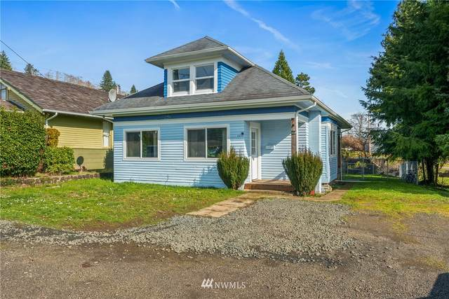 1035 Water Street, Raymond, WA 98577 (MLS #1737233) :: Brantley Christianson Real Estate