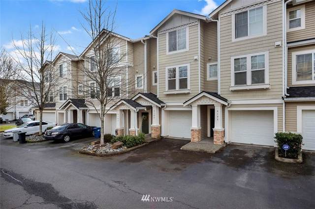 6105 S 233rd Street 12-5, Kent, WA 98032 (#1737261) :: Keller Williams Realty