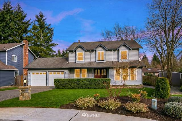 11038 130th Avenue NE, Kirkland, WA 98033 (#1737381) :: Costello Team