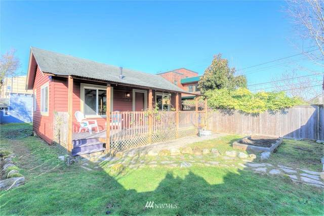 5405 25th Avenue SW, Seattle, WA 98106 (#1737759) :: The Snow Group
