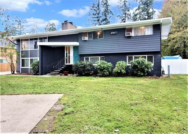 27517 156th Avenue SE, Kent, WA 98042 (#1737797) :: The Snow Group