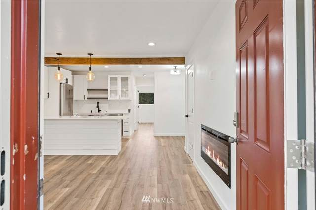 9623 248th Street D7, Kent, WA 98030 (MLS #1737930) :: Brantley Christianson Real Estate