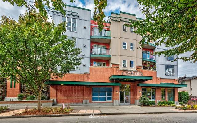 2331 42nd Avenue SW #403, Seattle, WA 98116 (#1738169) :: TRI STAR Team | RE/MAX NW