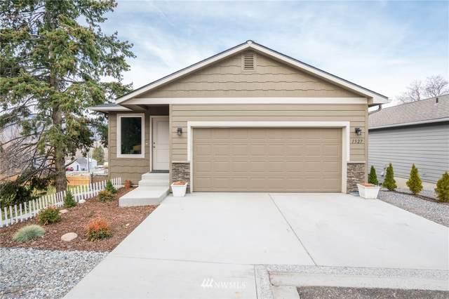 1527 N Anne Avenue, East Wenatchee, WA 98802 (MLS #1738599) :: Nick McLean Real Estate Group