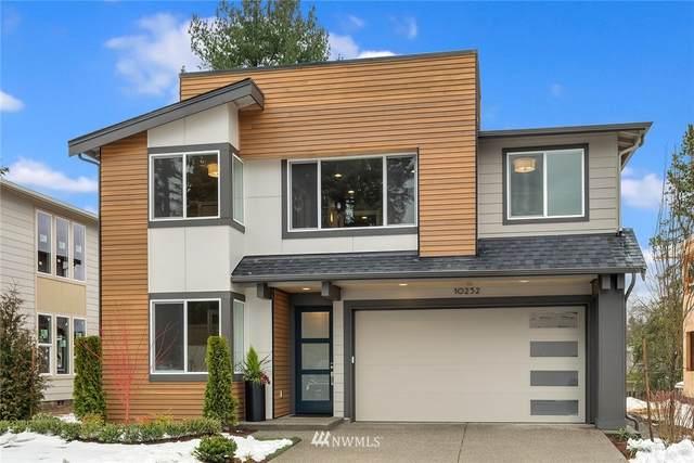 10313 133rd Court NE, Redmond, WA 98033 (#1738921) :: Front Street Realty