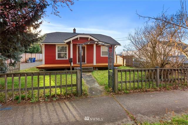 740 4th Street NW, Puyallup, WA 98371 (#1739281) :: Costello Team