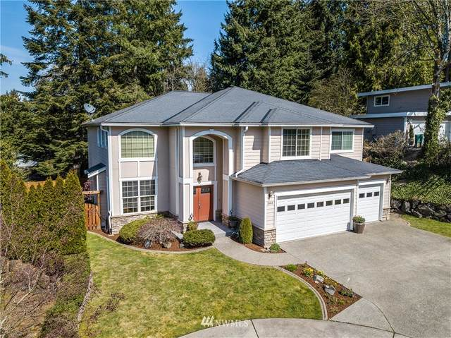 10414 NE 116th Street, Kirkland, WA 98034 (#1739612) :: Mike & Sandi Nelson Real Estate