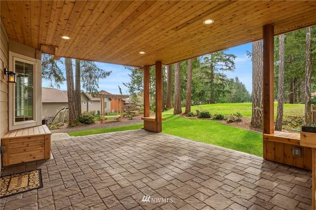 120 E Rainier Court, Allyn, WA 98524 (#1740248) :: Costello Team