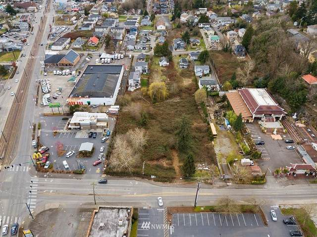 3621 S Graham Street, Seattle, WA 98118 (#1740329) :: Alchemy Real Estate