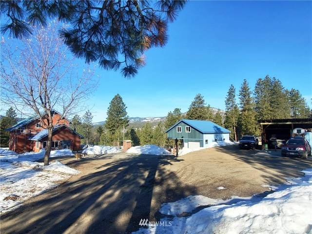 45 White Way, Okanogan, WA 98840 (#1740704) :: Costello Team