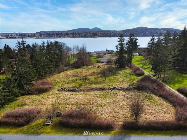 5354 South Shore Drive, Anacortes, WA 98221 (#1740800) :: Costello Team