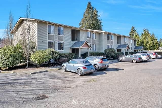 11801 100th Avenue NE A102, Kirkland, WA 98034 (#1741759) :: Ben Kinney Real Estate Team