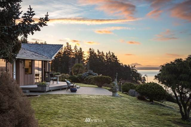 1860 Hunskor Road, Oak Harbor, WA 98277 (#1742308) :: NW Home Experts