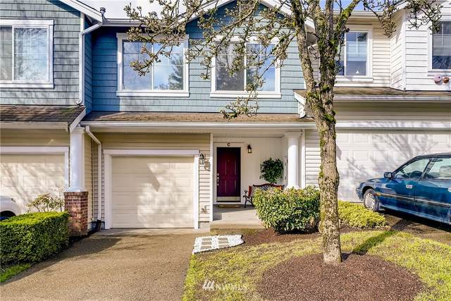 4915 Lake Pl S C, Renton, WA 98055 (#1743667) :: Costello Team