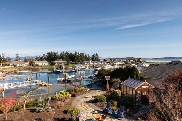 2276 Mariners Way, Oak Harbor, WA 98277 (#1743876) :: Urban Seattle Broker