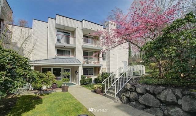 132 NE 95th Street B-308, Seattle, WA 98115 (#1743929) :: Shook Home Group