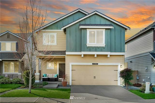 1104 27th Street NW, Puyallup, WA 98371 (#1744095) :: Shook Home Group