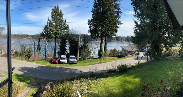 1809 Shorewood Drive, Bremerton, WA 98312 (#1744177) :: Costello Team