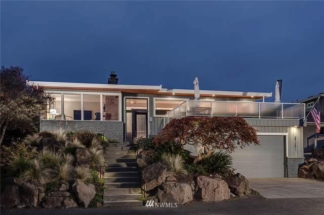 4126 SW 107th Street, Seattle, WA 98146 (#1744768) :: Shook Home Group