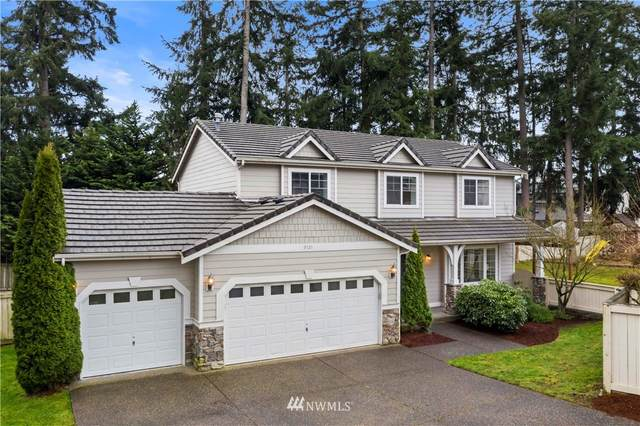 9121 Vancouver Drive NE, Lacey, WA 98516 (#1744799) :: Urban Seattle Broker