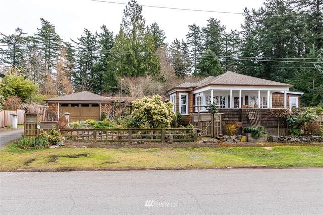 801 W Avenue, Anacortes, WA 98221 (#1745237) :: Urban Seattle Broker