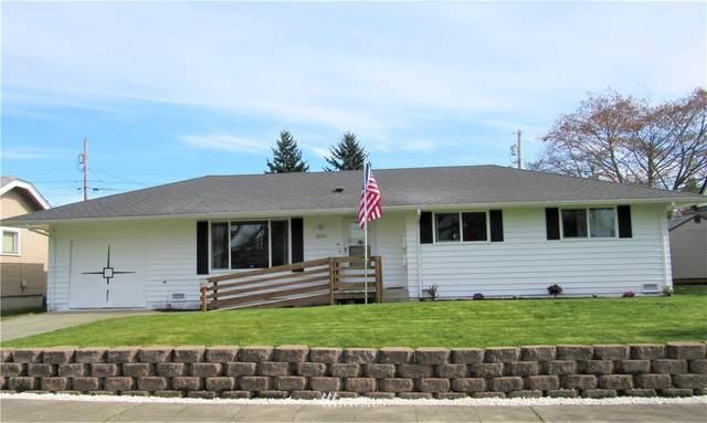 2325 Mcdougall Avenue, Everett, WA 98201 (#1745262) :: Urban Seattle Broker