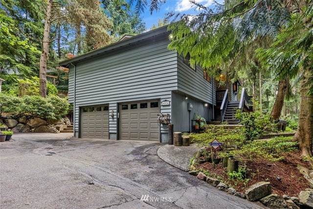 4024 NE 195th Place, Lake Forest Park, WA 98155 (#1745280) :: Northwest Home Team Realty, LLC
