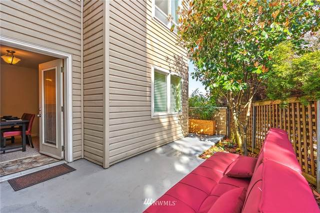 2530 15th Avenue W #301, Seattle, WA 98119 (#1745483) :: Tribeca NW Real Estate