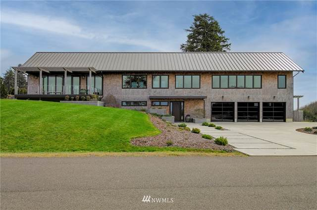 3010 Lighthouse Keepers Rd, Ilwaco, WA 98624 (#1745866) :: Shook Home Group