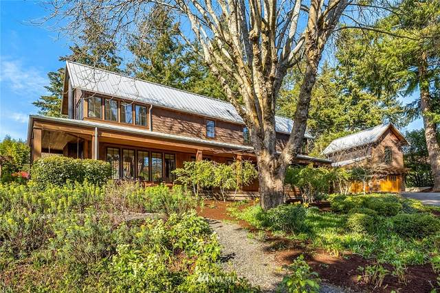 472 Winslow Way W, Bainbridge Island, WA 98110 (MLS #1745940) :: Brantley Christianson Real Estate