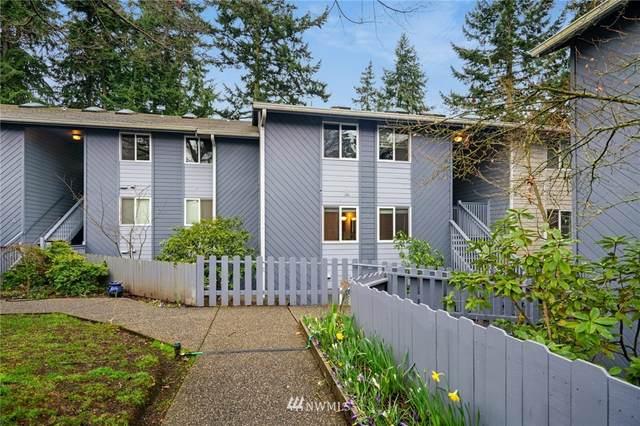 8418 240th Street SW A205, Edmonds, WA 98026 (#1746308) :: Ben Kinney Real Estate Team