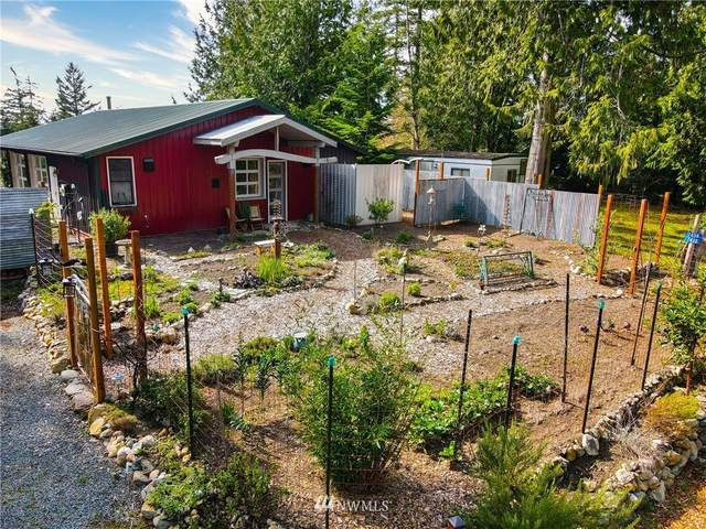 7412 Holiday Boulevard, Anacortes, WA 98221 (MLS #1746368) :: Brantley Christianson Real Estate