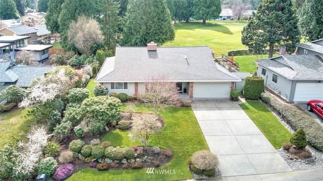 14829 SE Fairwood Boulevard, Renton, WA 98058 (#1746418) :: Shook Home Group
